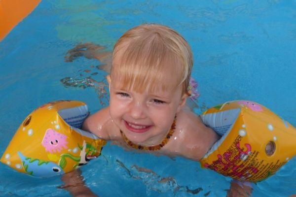 Prevence utonutí dětí + první pomoc dítěti při topení